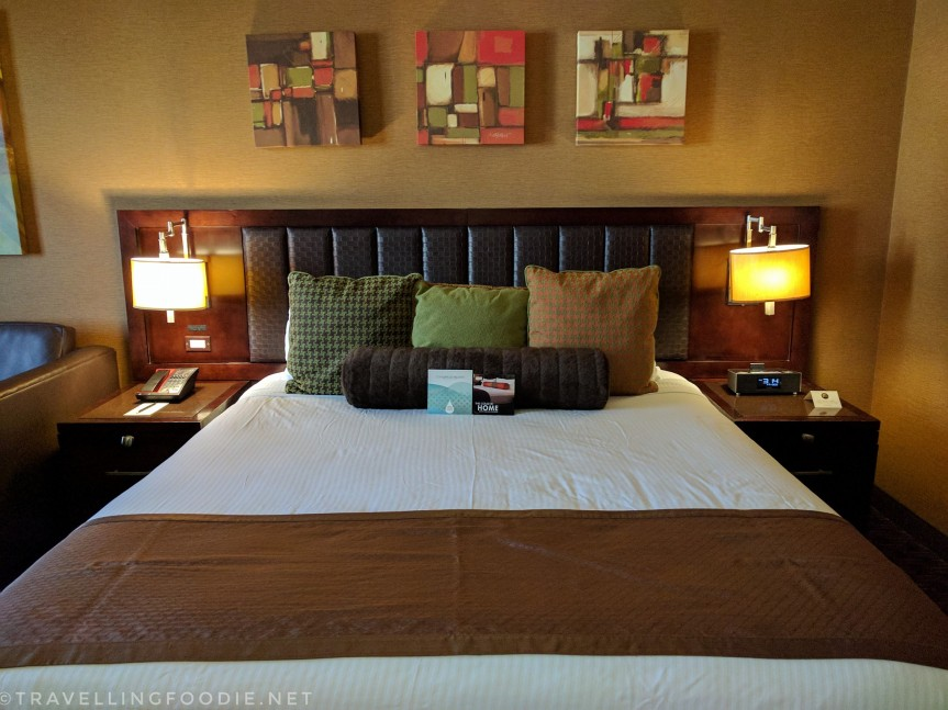 Travelling Foodie stays at Golden Nugget's Gold Club Room