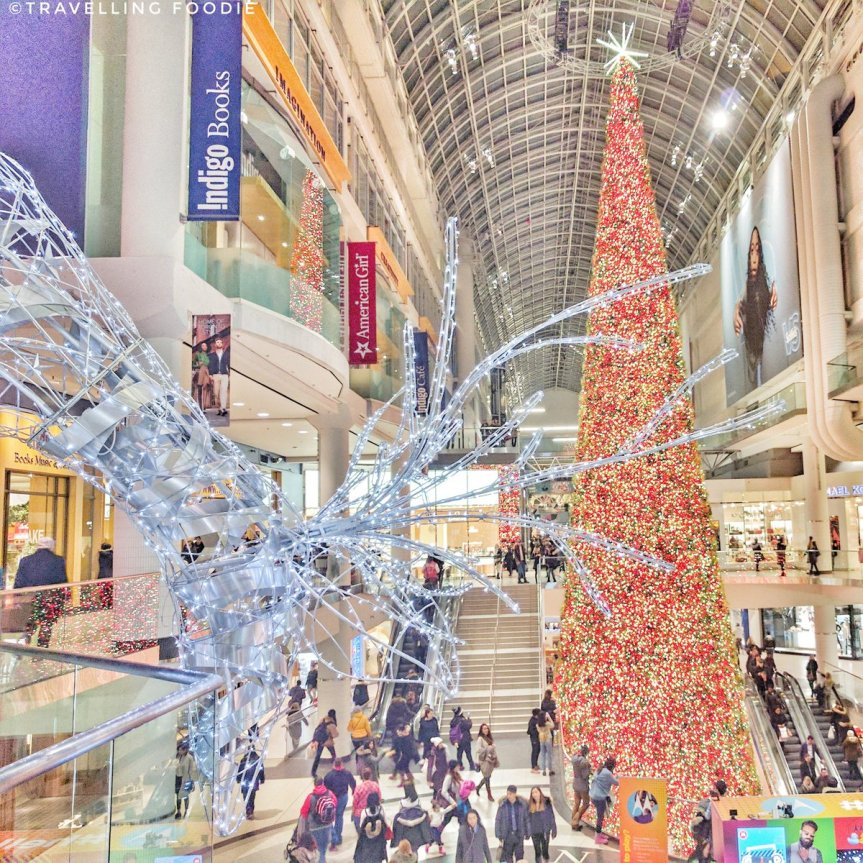 Travelling Foodie sees the Largest Christmas Tree in Canada at Eaton Centre